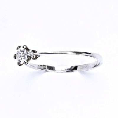 Stříbrný prsten s čirým zirkonem, T 1058
