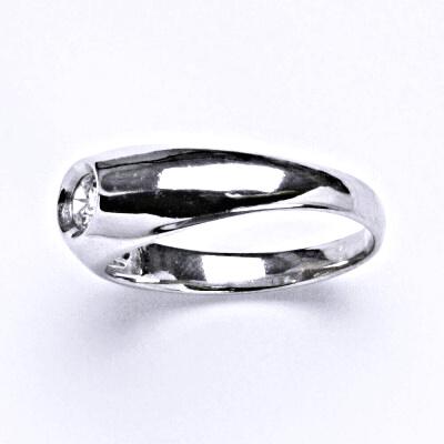 Stříbrný prsten s čirým zirkonem , zásnubní, T 1418