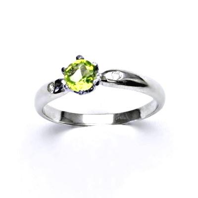 Zlatý prsten s diamanty a přírodním olivínem, bílé zlato, VLZDR048