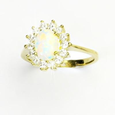 Zlatý prsten, žluté zlato, Kate, syntetický opál bílý, čiré zirkony, T 1507