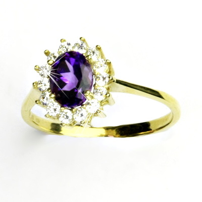 Zlatý prsten, žluté zlato,Kate, přírodní tmavý ametyst, čiré zirkony, T 1507