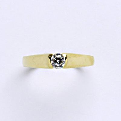 Prsten žluté zlato 2,45 g 14 karátů vel.54