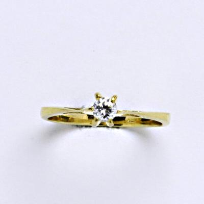 Prsten žluté zlato 2,23 g 14 karátů vel.55