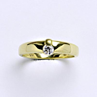 Prsten žluté zlato 2,69 g 14 karátů vel.52