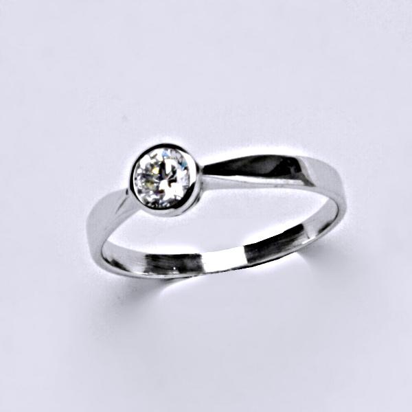 Prsten z bílého zlata se zirkonem, šperky VR 87