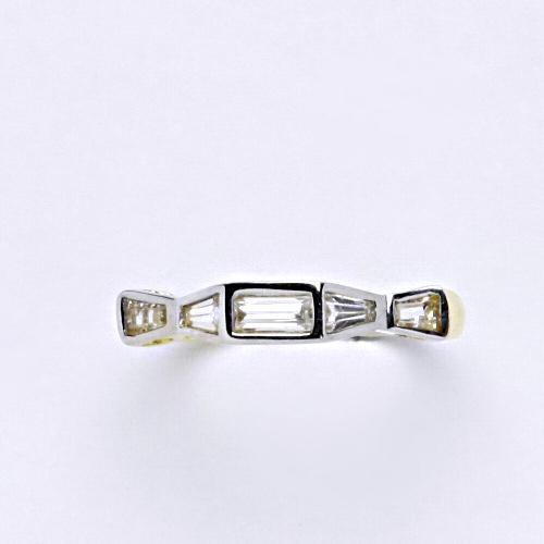 Zlatý prsten 1,84 g žluté zlato 14 karátů
