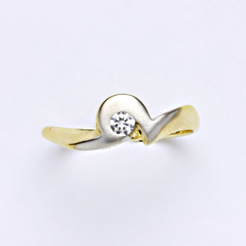 Zlatý prsten 2,24 g žluté zlato 14 karátů