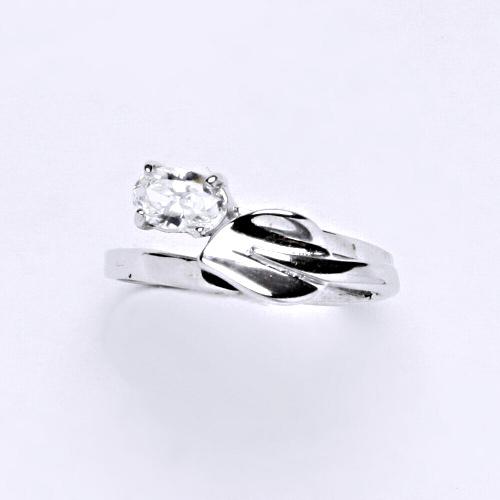 Zlatý prsten 2,73 g bílé zlato 14 karátů