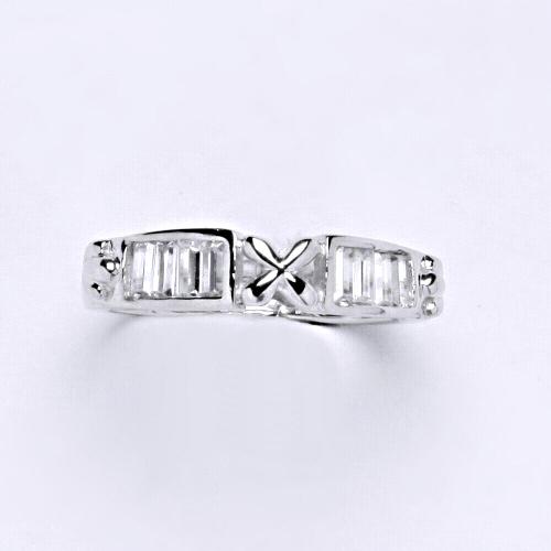 Zlatý prsten 2,83 g bílé zlato 14 karátů