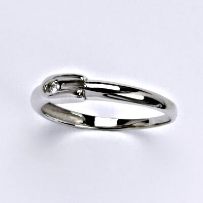 Zlatý prsten s briliantem (diamantem), bílé zlato 14 kt, VR 283