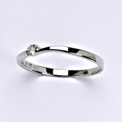 Zlatý prsten s briliantem (diamantem), bílé zlato 14 kt, váha 1,38 g VR 316
