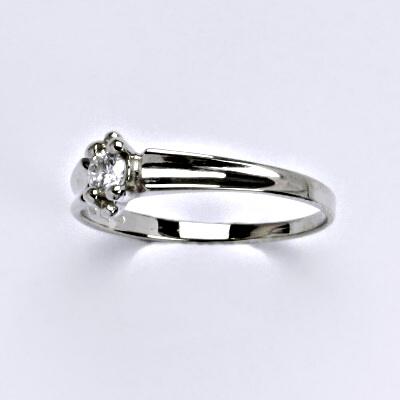 Zlatý prsten s briliantem, bílé zlato 14 kt, VR 352