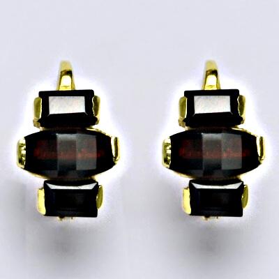 Náušnice žluté zlato, přírodní granát, zapínáná na patent, váha 6,01 g