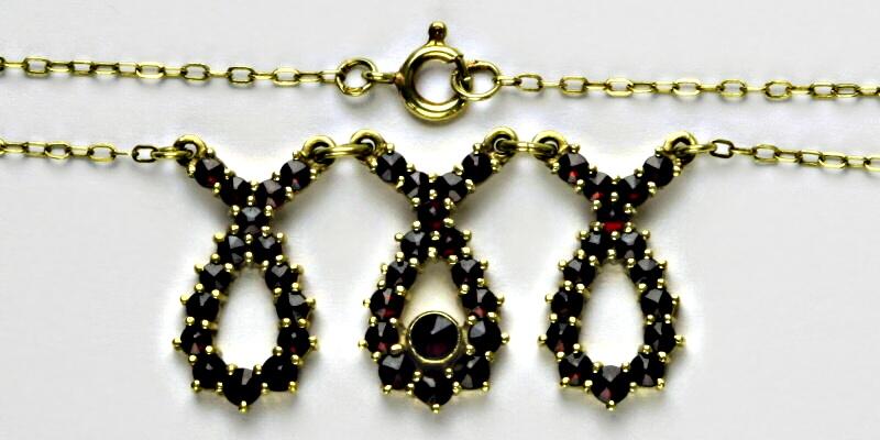 Zlatý řetízek, žluté zlato, granát, náhrdelník, řetízek ze zlata s granáty, 2,58 g