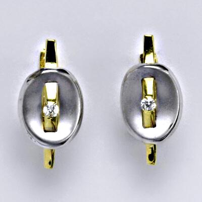 Zlaté náušnice, kombinace bílé a žluté zlato, syntetický zirkon, zapínání na patent, váha 3,82 g