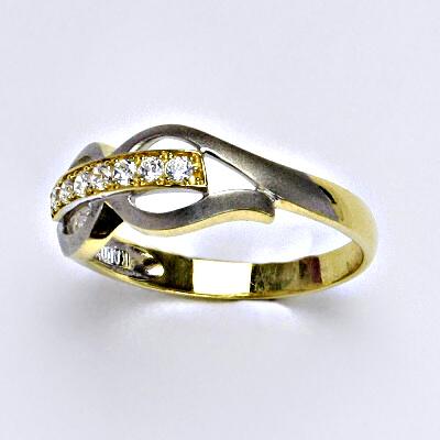 Zlatý prsten, prsten ze zlata, žluté zlato, bílé zlato, zlatý prsten se zirkony, váha 2,57 g, vel.56