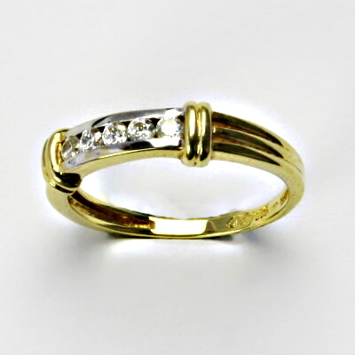 Zlatý prsten, prsten ze zlata, žluté zlato, prsten se zirkony 2,67 g, vel. 56